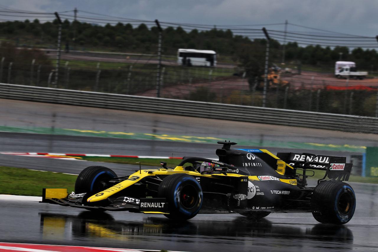 GP TURCHIA, Daniel Ricciardo (AUS) Renault F1 Team RS20. 14.11.2020. Formula 1 World Championship, Rd 14, Turkish Grand Prix, Istanbul, Turkey, Qualifiche Day. - www.xpbimages.com, EMail: requests@xpbimages.com © Copyright: Batchelor / XPB Images