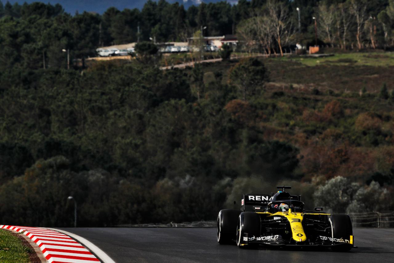 GP TURCHIA, Daniel Ricciardo (AUS) Renault F1 Team RS20. 13.11.2020 Formula 1 World Championship, Rd 14, Turkish Grand Prix, Istanbul, Turkey, Practice Day. - www.xpbimages.com, EMail: requests@xpbimages.com © Copyright: Staley / XPB Images