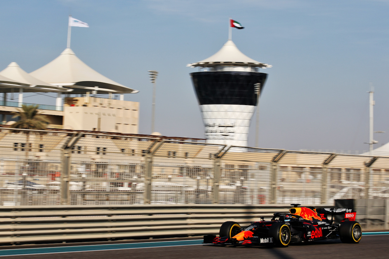 YOUNG DRIVER TEST ABU DHABI, Juri Vips (EST) Red Bull Racing RB16 Test Driver.