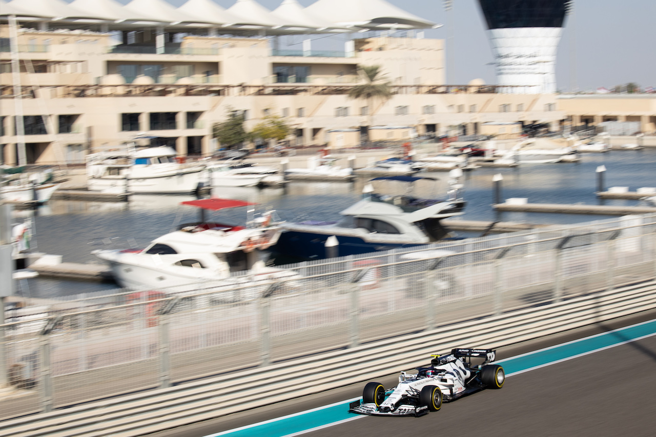 YOUNG DRIVER TEST ABU DHABI, Marino Sato (JPN) AlphaTauri AT01 Test Driver. 15.12.2020. Formula 1 Testing, Yas Marina Circuit, Abu Dhabi, Tuesday. - www.xpbimages.com, EMail: requests@xpbimages.com © Copyright: Bearne / XPB Images
