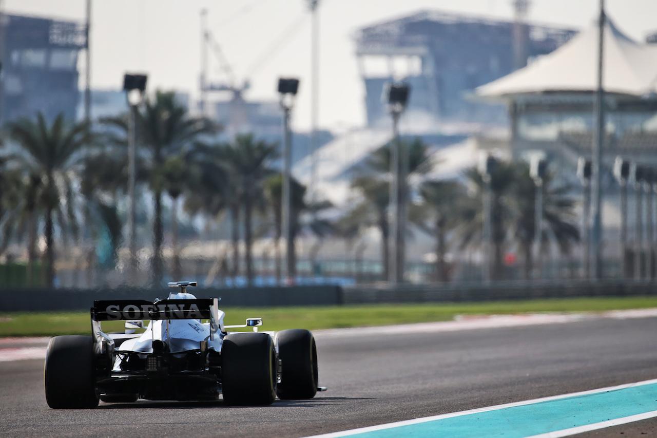 YOUNG DRIVER TEST ABU DHABI, Jack Aitken (GBR) / (KOR) Williams Racing FW43. 15.12.2020. Formula 1 Testing, Yas Marina Circuit, Abu Dhabi, Tuesday. - www.xpbimages.com, EMail: requests@xpbimages.com © Copyright: Batchelor / XPB Images