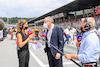 GP AUSTRIA, (L to R): Natalie Pinkham (GBR) Sky Sports Presenter with Stefano Domenicali (ITA) Formula One President e CEO, e Johnny Herbert (GBR) Sky Sports F1 Presenter on the grid. 04.07.2021. Formula 1 World Championship, Rd 9, Austrian Grand Prix, Spielberg, Austria, Gara Day. - www.xpbimages.com, EMail: requests@xpbimages.com © Copyright: FIA Pool Image for Editorial Use Only
