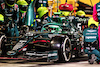 GP BAHRAIN, Sebastian Vettel (GER) Aston Martin F1 Team AMR21 makes a pit stop. 28.03.2021. Formula 1 World Championship, Rd 1, Bahrain Grand Prix, Sakhir, Bahrain, Gara Day. - www.xpbimages.com, EMail: requests@xpbimages.com © Copyright: Moy / XPB Images