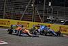 GP BAHRAIN, Daniel Ricciardo (AUS) McLaren MCL35M e Fernando Alonso (ESP) Alpine F1 Team A521 battle for position. 28.03.2021. Formula 1 World Championship, Rd 1, Bahrain Grand Prix, Sakhir, Bahrain, Gara Day. - www.xpbimages.com, EMail: requests@xpbimages.com © Copyright: Batchelor / XPB Images
