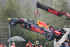 GP BELGIO, The Red Bull Racing RB16B of Sergio Perez (MEX) is craned away from the circuit after he crashed heading to the grid. 29.08.2021. Formula 1 World Championship, Rd 12, Belgian Grand Prix, Spa Francorchamps, Belgium, Gara Day. - www.xpbimages.com, EMail: requests@xpbimages.com © Copyright: Batchelor / XPB Images