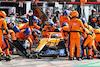 GP ITALIA, Daniel Ricciardo (AUS) McLaren MCL35M makes a pit stop. 12.09.2021. Formula 1 World Championship, Rd 14, Italian Grand Prix, Monza, Italy, Gara Day. - www.xpbimages.com, EMail: requests@xpbimages.com © Copyright: Moy / XPB Images
