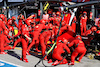 GP OLANDA, Carlos Sainz Jr (ESP) Ferrari SF-21 makes a pit stop. 05.09.2021. Formula 1 World Championship, Rd 13, Dutch Grand Prix, Zandvoort, Netherlands, Gara Day. - www.xpbimages.com, EMail: requests@xpbimages.com © Copyright: Moy / XPB Images