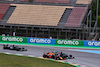 GP SPAGNA, Max Verstappen (NLD) Red Bull Racing RB16B passes Lewis Hamilton (GBR) Mercedes AMG F1 W12 at the partenza of the race. 09.05.2021. Formula 1 World Championship, Rd 4, Spanish Grand Prix, Barcelona, Spain, Gara Day. - www.xpbimages.com, EMail: requests@xpbimages.com © Copyright: Moy / XPB Images