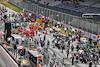 GP STIRIA, Lewis Hamilton (GBR) Mercedes AMG F1 W12, Lance Stroll (CDN) Aston Martin F1 Team AMR21, e Valtteri Bottas (FIN) Mercedes AMG F1 W12 on the grid. 27.06.2021. Formula 1 World Championship, Rd 8, Steiermark Grand Prix, Spielberg, Austria, Gara Day. - www.xpbimages.com, EMail: requests@xpbimages.com © Copyright: Moy / XPB Images