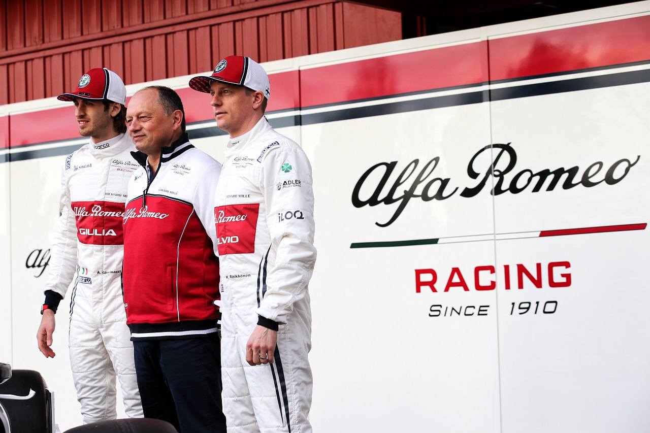 (L to R): Antonio Giovinazzi (ITA) Alfa Romeo Racing with Frederic Vasseur (FRA) Alfa Romeo Racing Team Principal and Kimi Raikkonen (FIN) Alfa Romeo Racing. 18.02.2019.