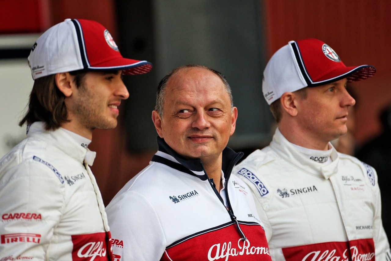 (L to R): Antonio Giovinazzi (ITA) Alfa Romeo Racing with Frederic Vasseur (FRA) Alfa Romeo Racing Team Principal and Kimi Raikkonen (FIN) Alfa Romeo Racing. 18.02.2019.