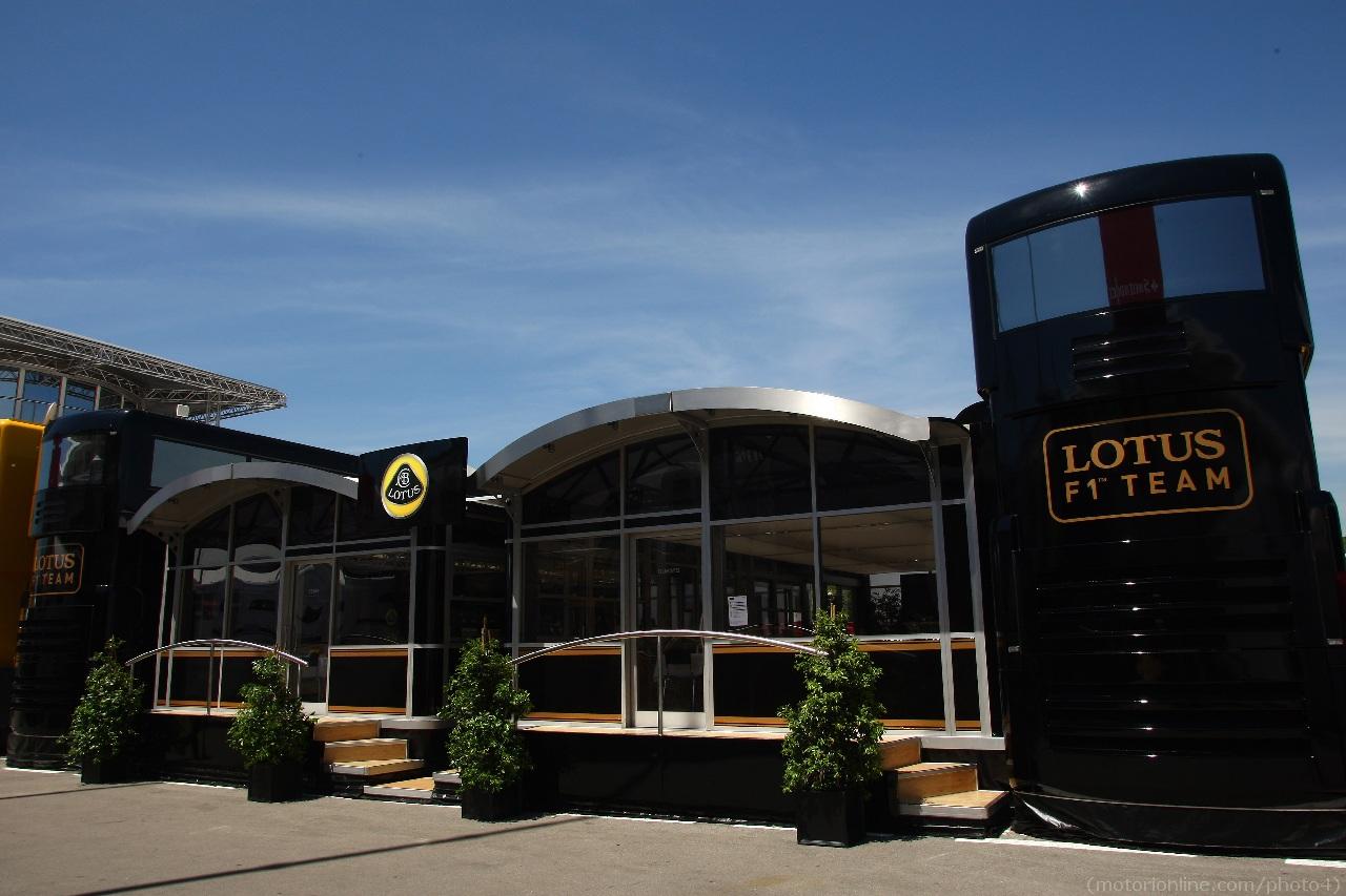 10.05.2012- Lotus F1 Team Hospitality