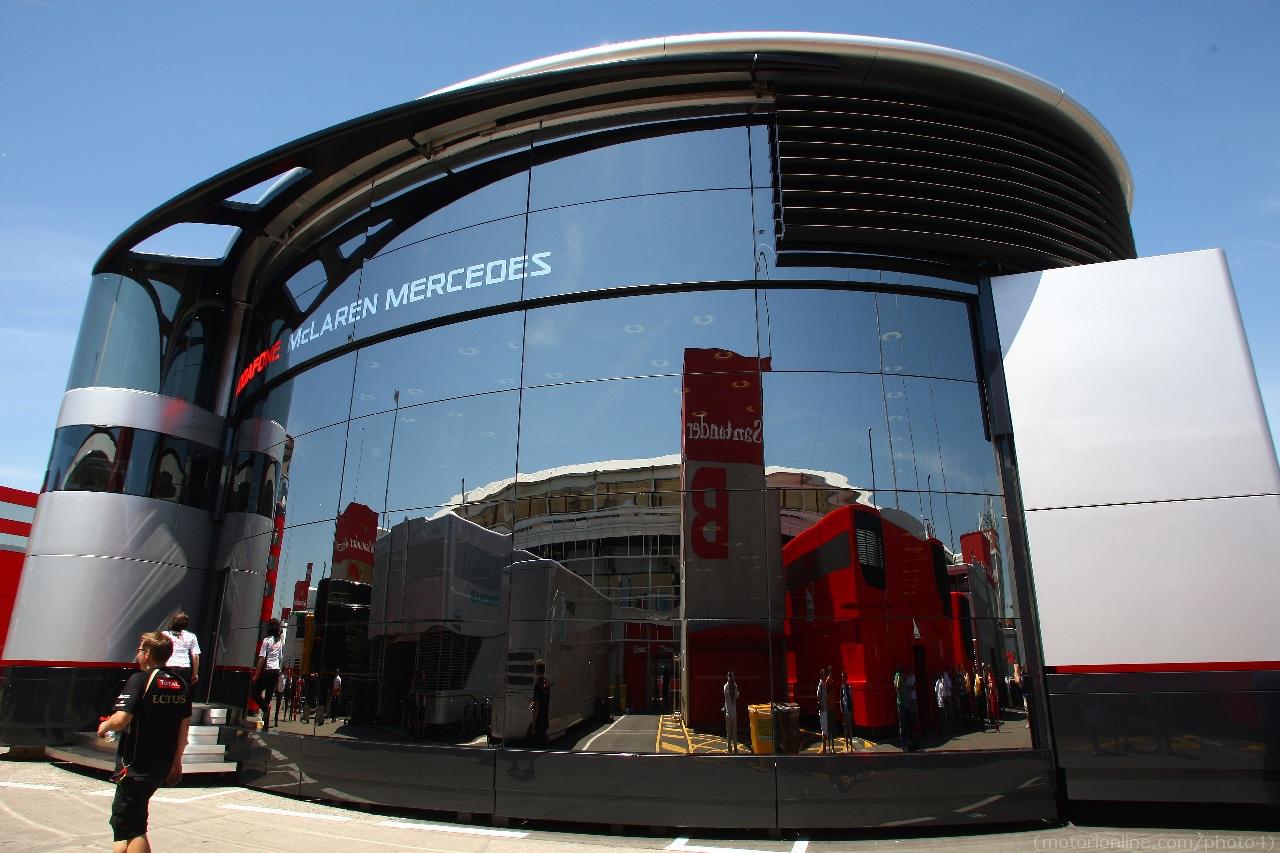 10.05.2012- Maclaren Mercedes Hospitality