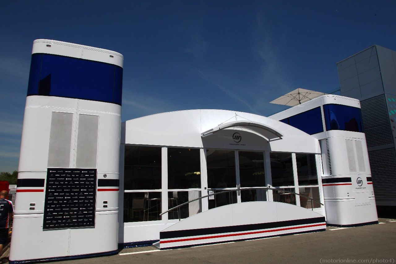 10.05.2012- Williams F1 Team Hospitality