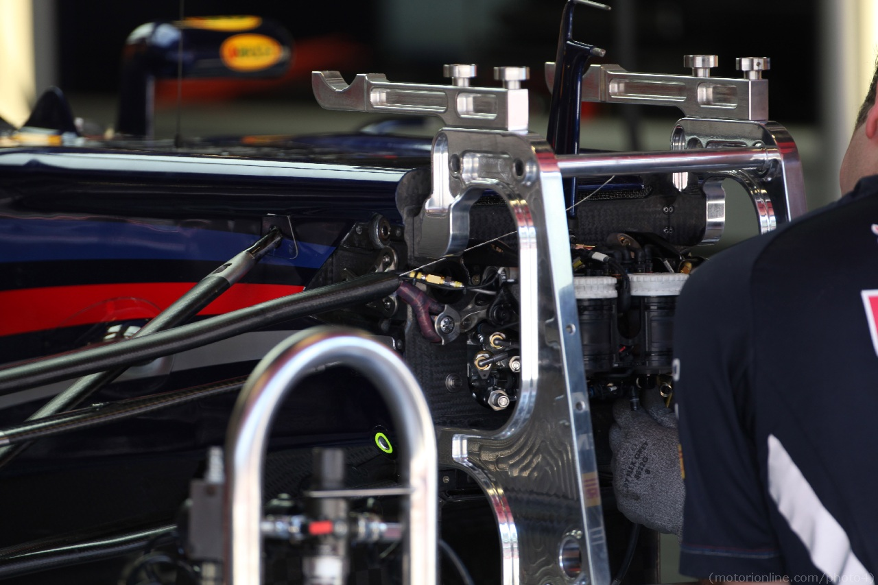 10.05.2012- Red Bull Racing RB8 detail