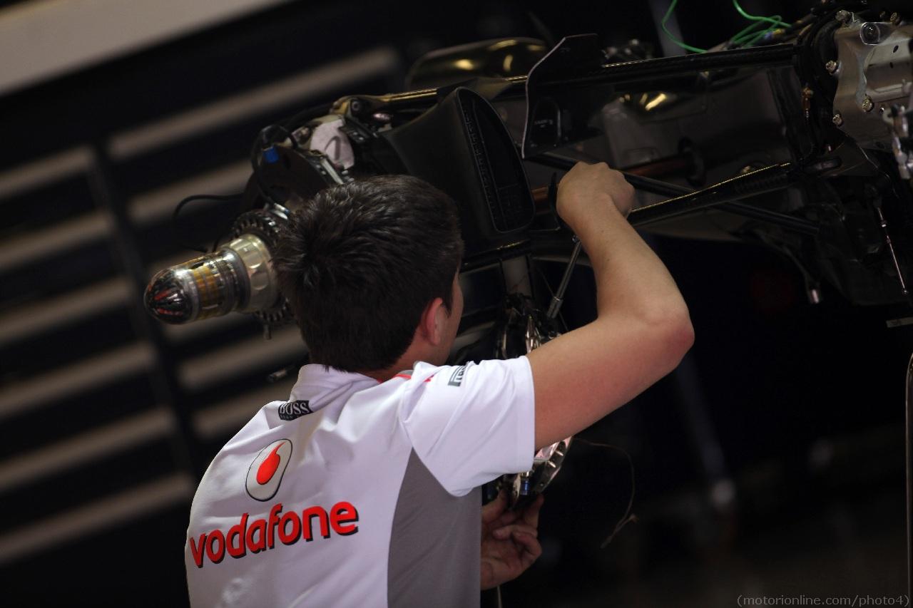 10.05.2012- McLaren Mercedes MP4-27 detail