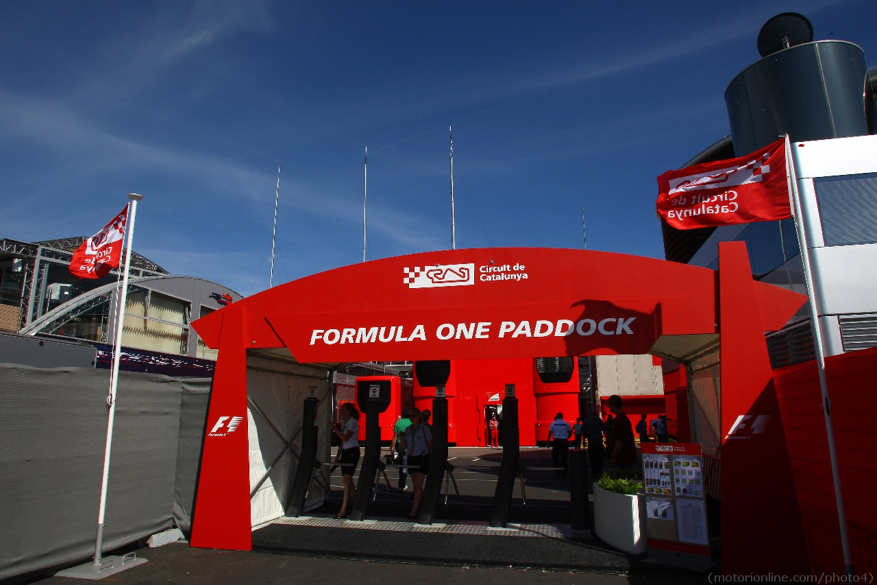 10.05.2012- Entrance of the paddock