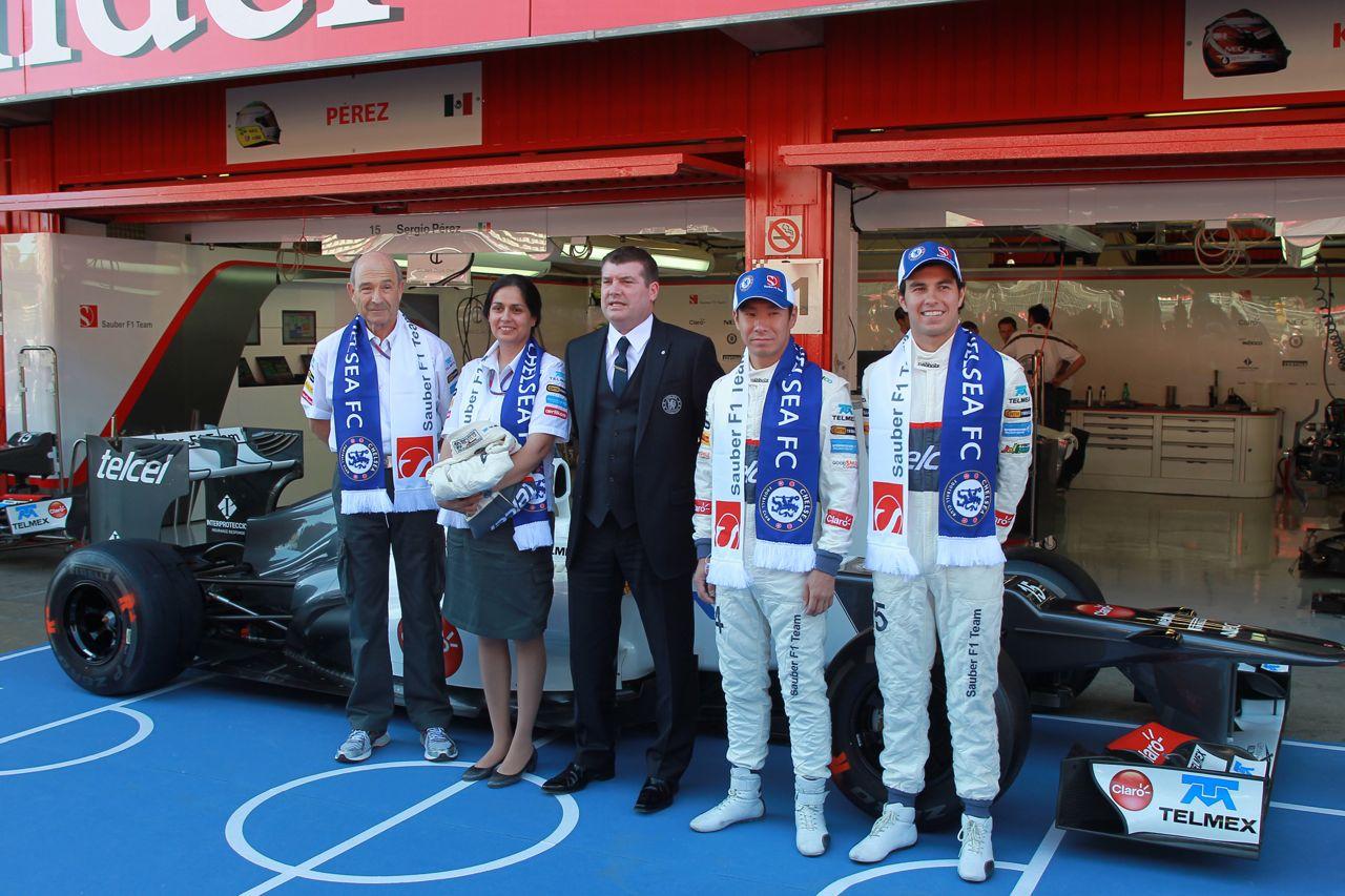 10.05.2012- Peter Sauber (SUI), Sauber F1 Team, Team Principal, Ron Gourlay, CEO Chelsea FC, Kamui Kobayashi (JAP) Sauber F1 Team C31, Sergio Pérez (MEX) Sauber F1 Team C31 and Monisha Kaltenborn (AUT), Chief Executive Officer,Sauber F1 Team