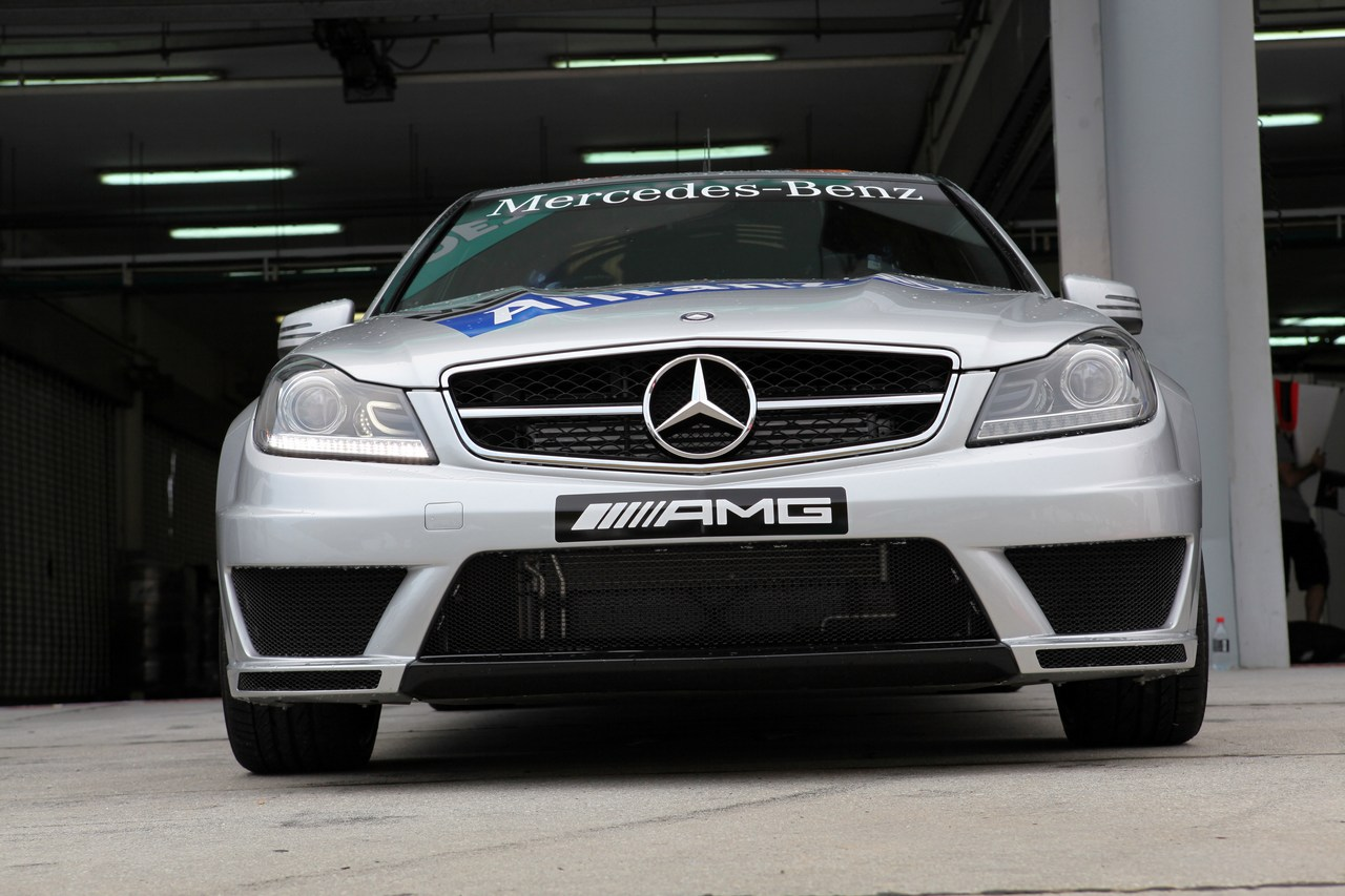 22.03.2012- Safety car