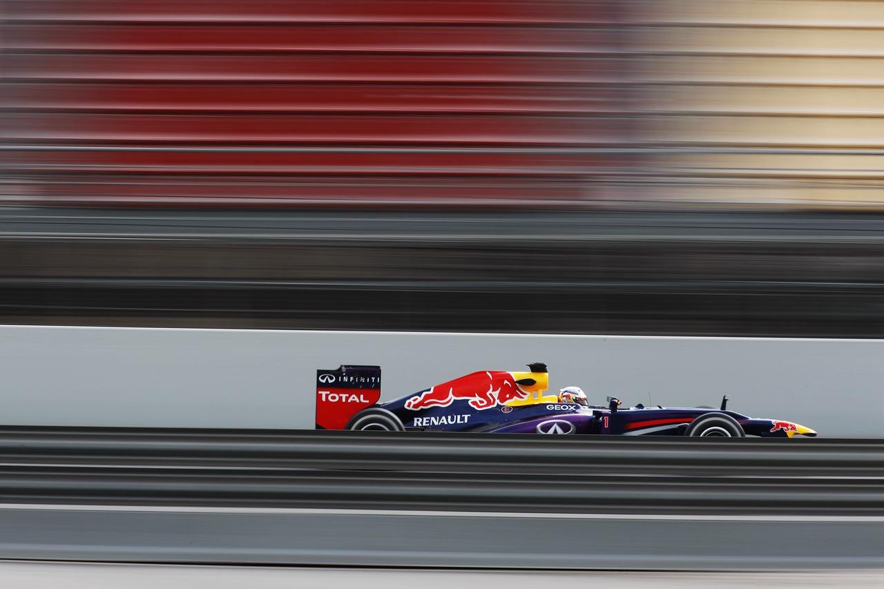 Sebastian Vettel (GER) Red Bull Racing RB9.