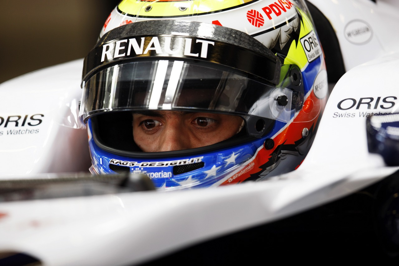 Pastor Maldonado (VEN) Williams FW35.