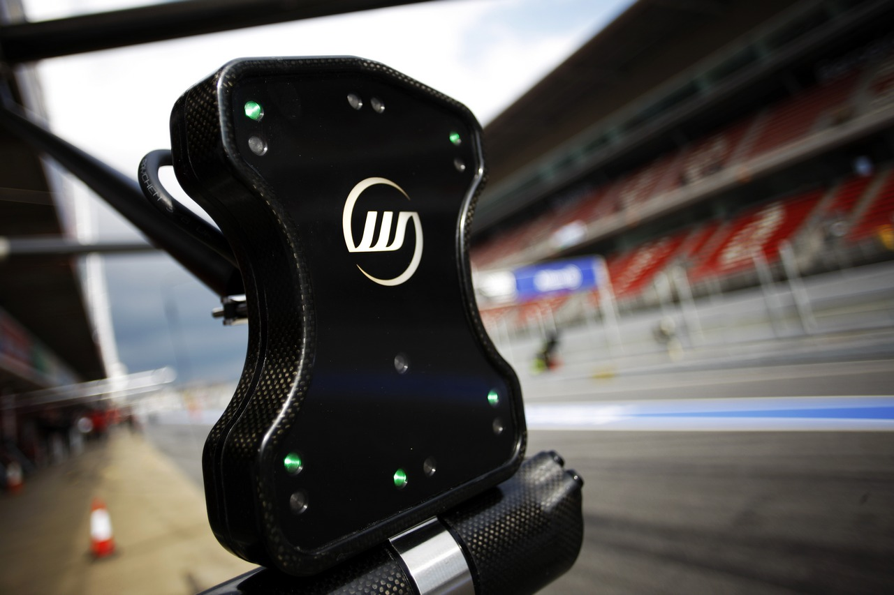 Williams pit stop light system.
