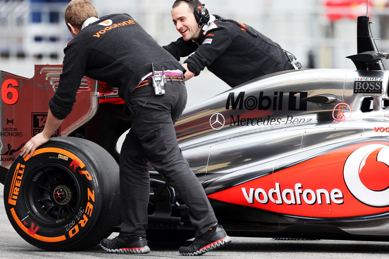 McLaren MP4-28 pushed back in the pits.