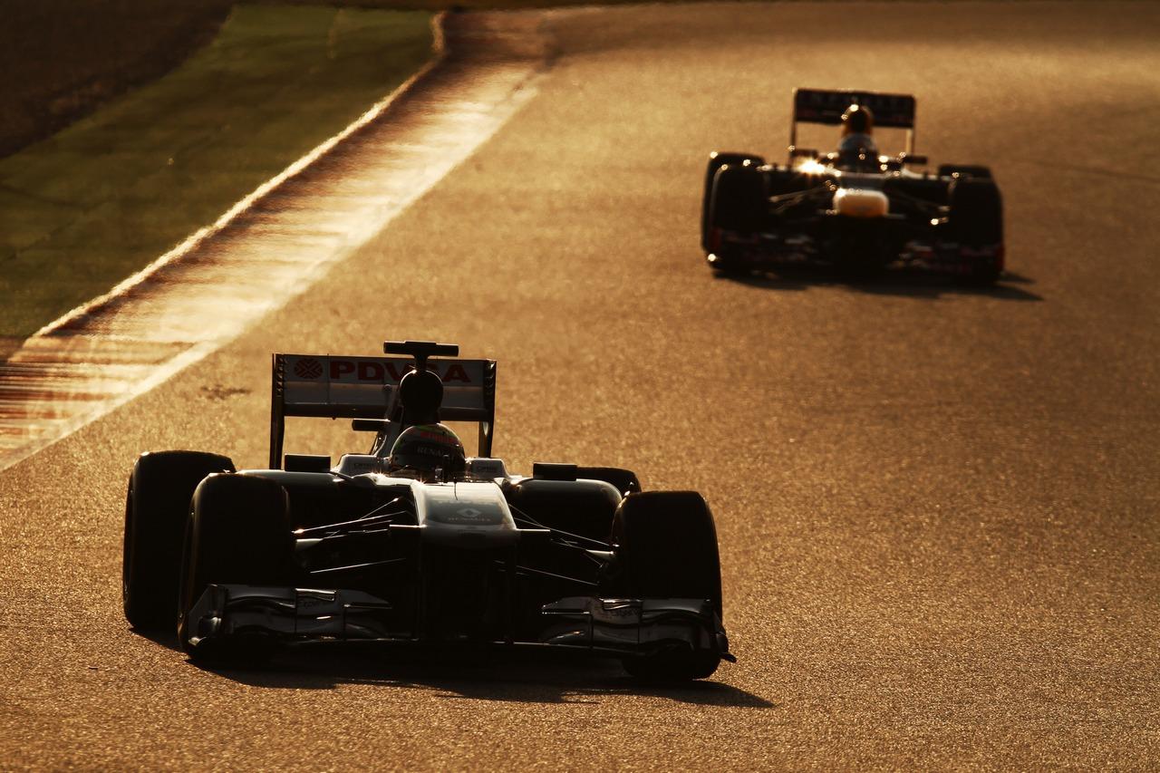 Pastor Maldonado (VEN) Williams FW35.