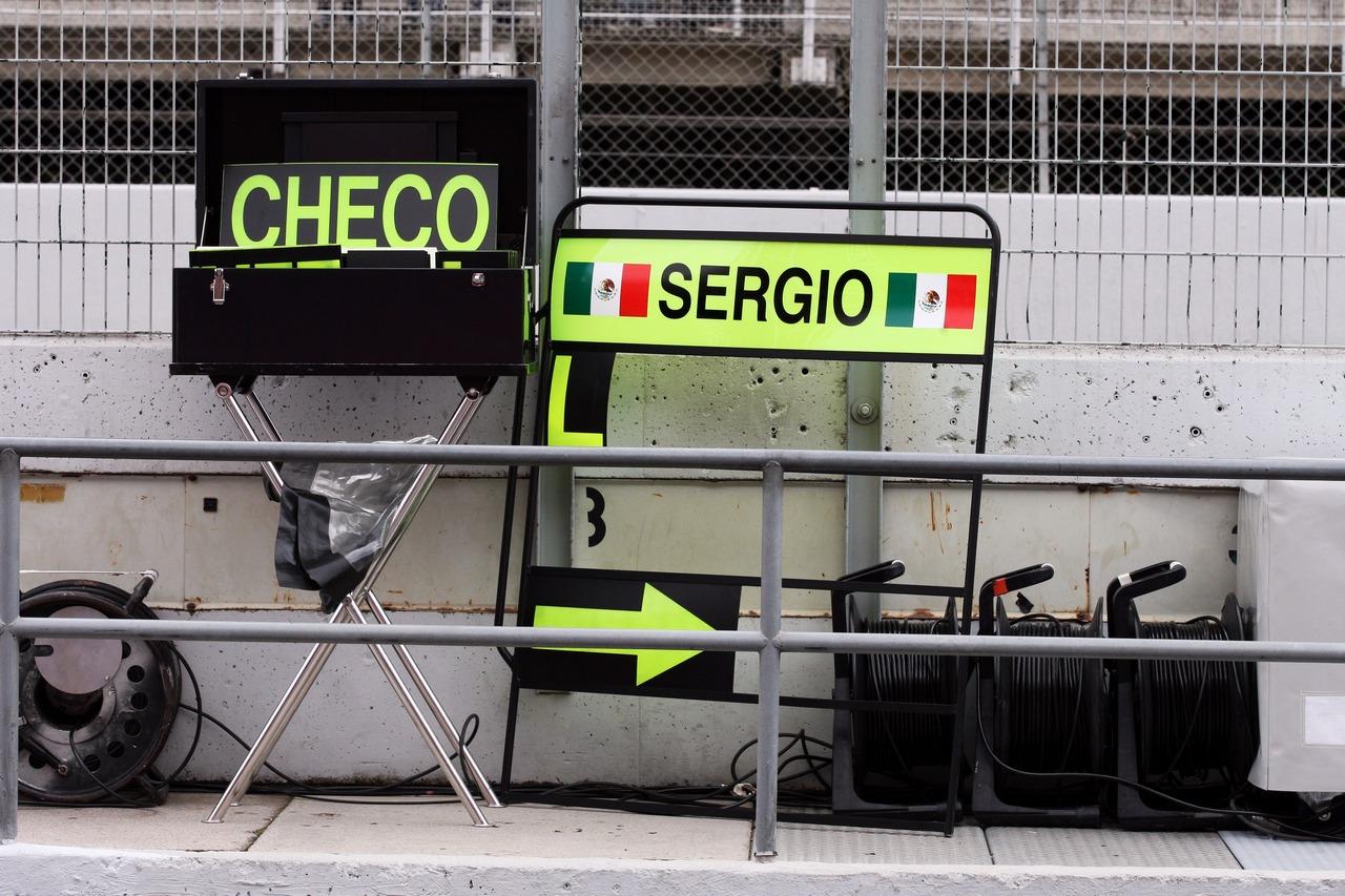 Pit board signs for Sergio Perez (MEX) McLaren.