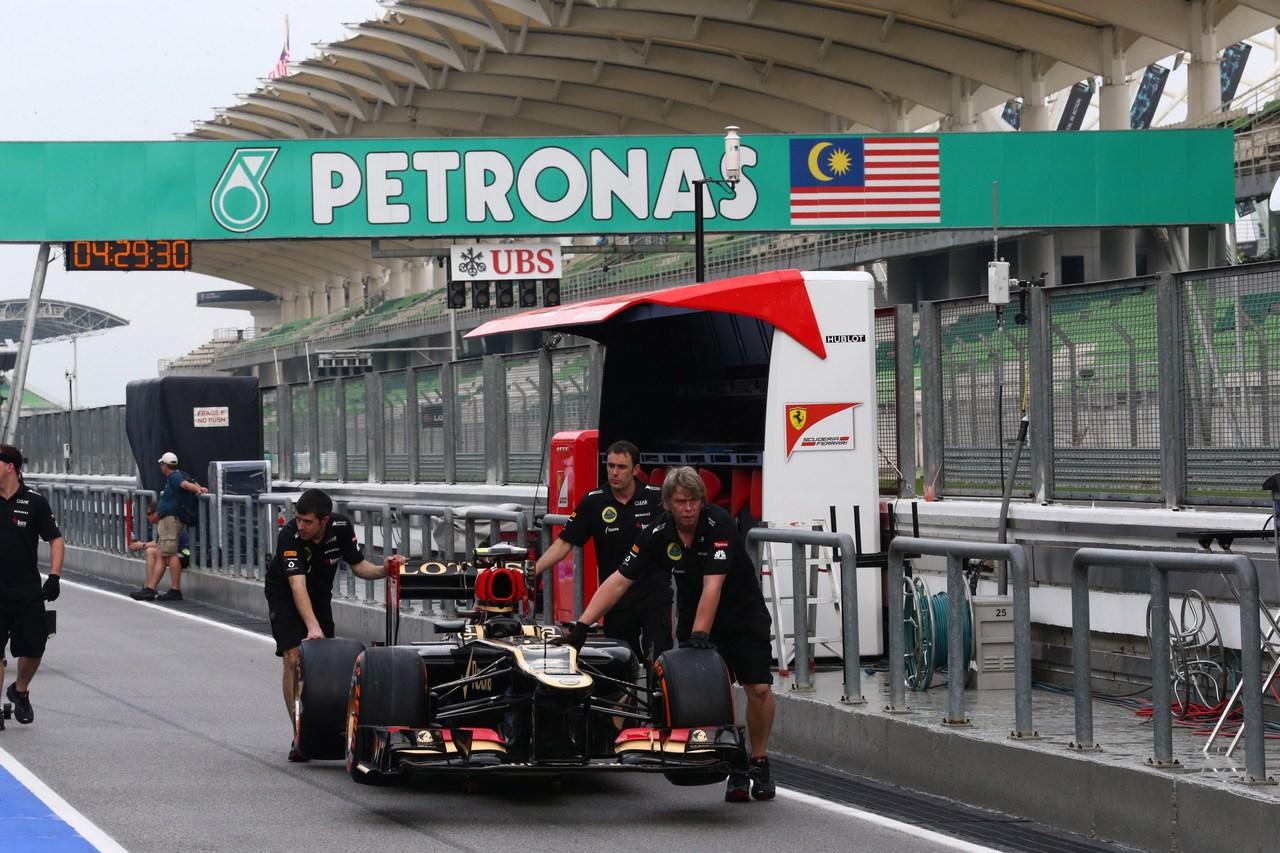 21.03.2013- Romain Grosjean (FRA) Lotus F1 Team E213