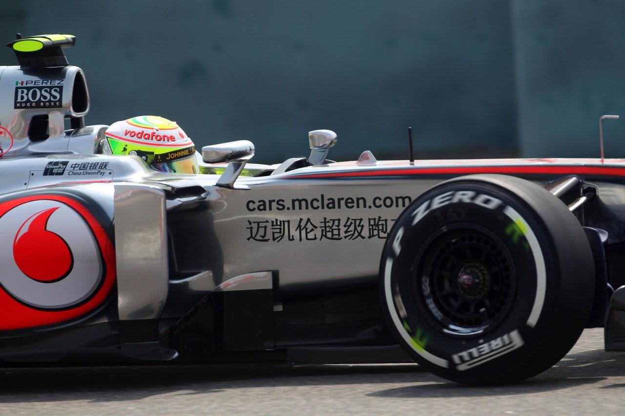 12.04.2013- Free Practice 1, Sergio Perez (MEX) McLaren MP4-28