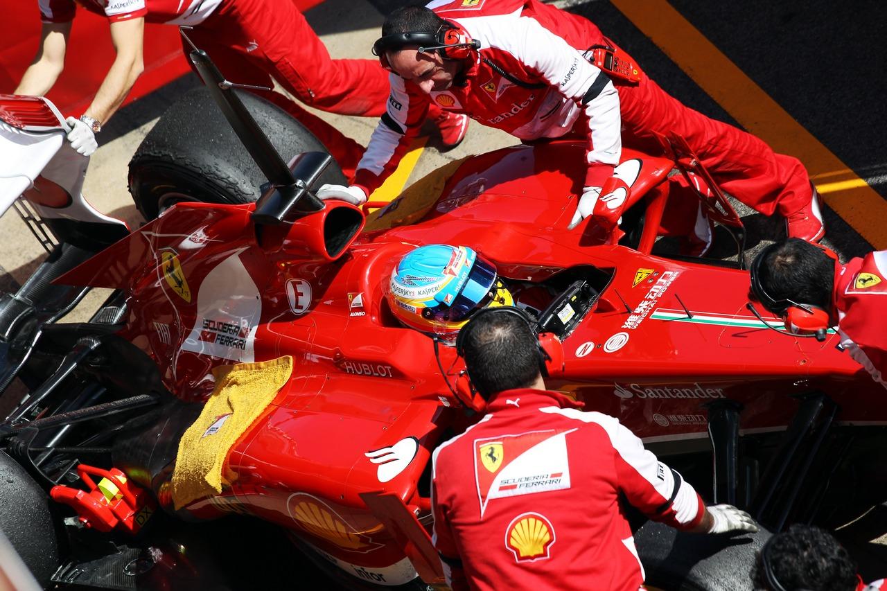 Fernando Alonso (ESP) Ferrari F138 in the pits. 03.03.2013.