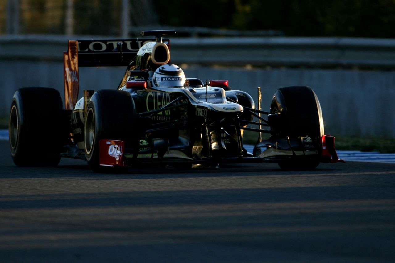08.02.2012 Jerez, Spain, Kimi Raikkonen (FIN), Team Lotus Renault GP   - Formula 1 Testing, day 1 - Formula 1 World Championship