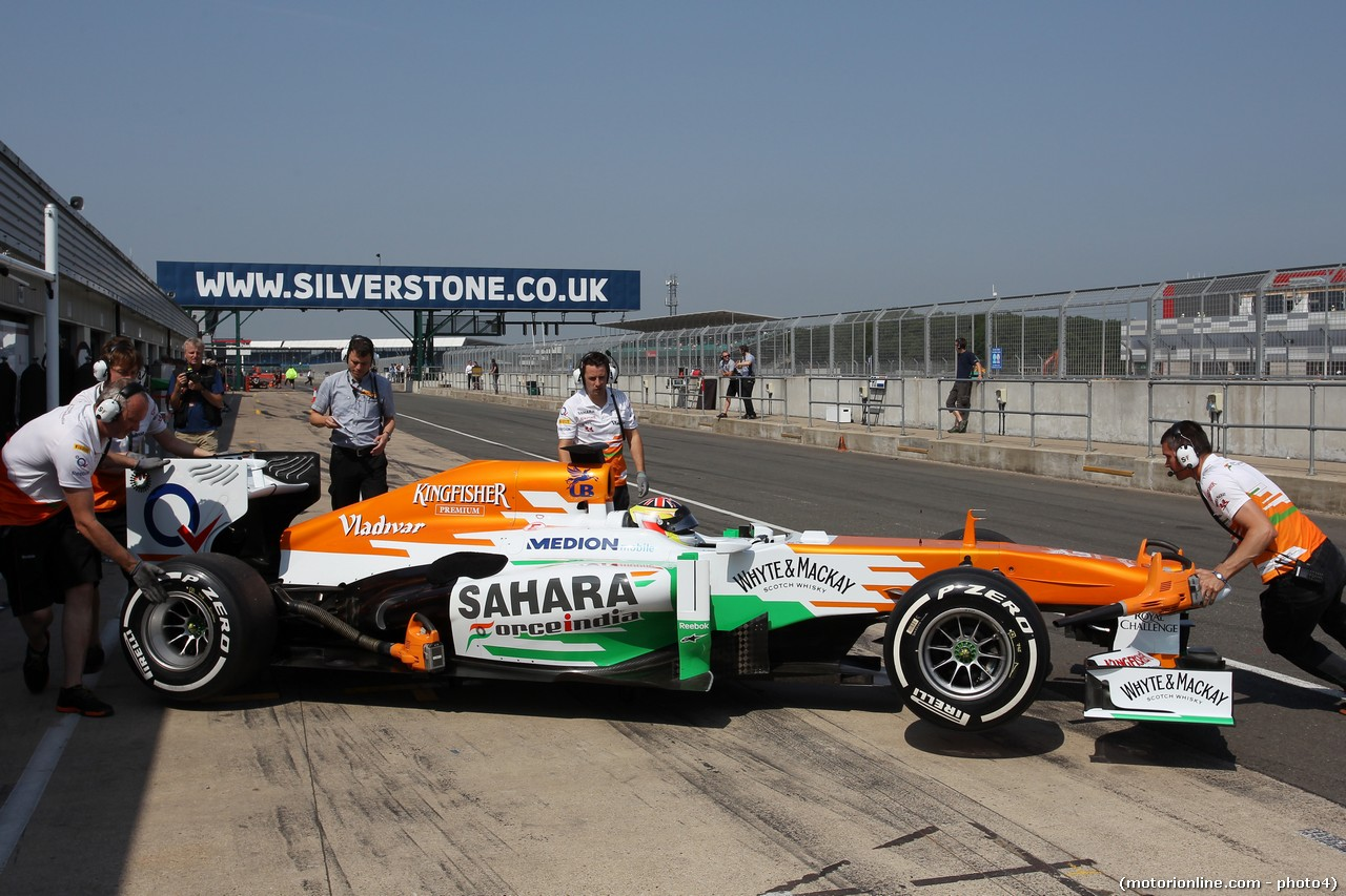 James Calado (GBR) Sahara Force India VJM06 Test Driver in the pits.