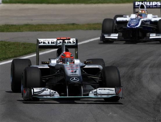 Haug: difficile che la Mercedes dia i motori ad un quarto team