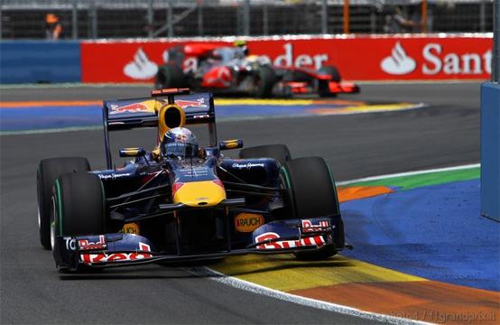 Mateschitz: Abbiamo potenziale per vincere entrambi i titoli in F1