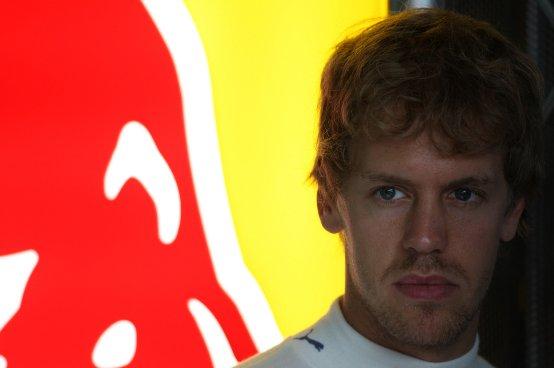 Vettel: Spero di trarre un vantaggio dai problemi interni della Ferrari