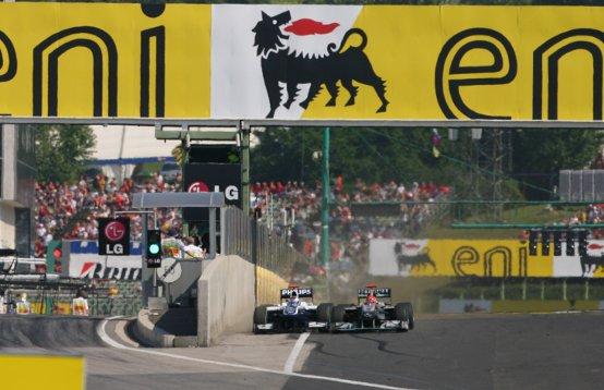Bandiera nera a Schumacher: i commissari erano favorevoli