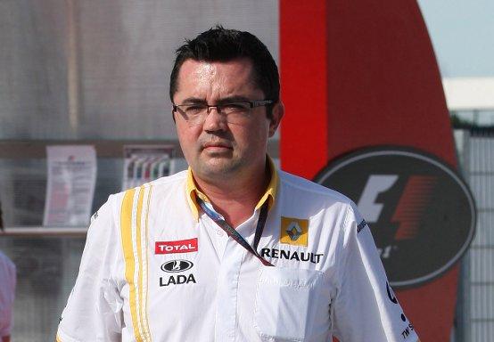 Renault, Boullier smentisce le voci di un accordo tra Red Bull e Mercedes