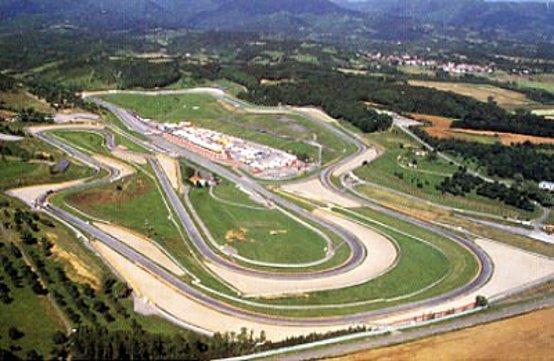 Le gomme Pirelli di F1 potrebbero debuttare ad agosto al Mugello