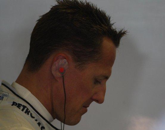 Schumacher accusa la vettura per le difficoltà del suo rientro in F1