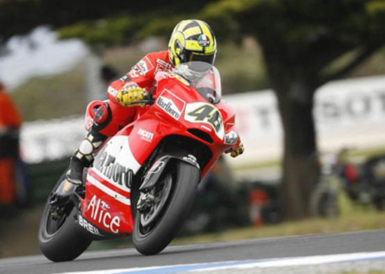 Rossi in Ducati, piu' vicino alla F1 secondo il padre