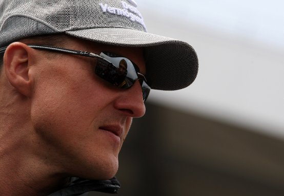 Schumacher: Brawn distratto dagli affari. L'anno scorso un handicap per il 2010