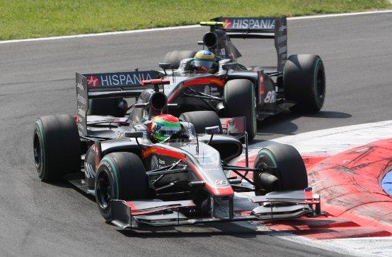 HRT a Monza: Bandiera a scacchi per Yamamoto e ritiro per Senna