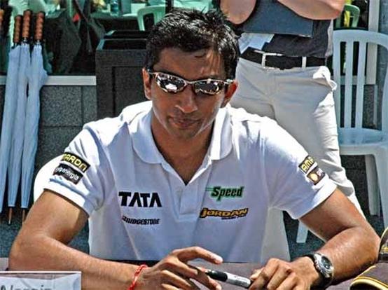 Karthikeyan punta ad un sedile in Force India