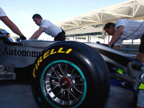 Ross Brawn: Lavoro straordinario di Pirelli