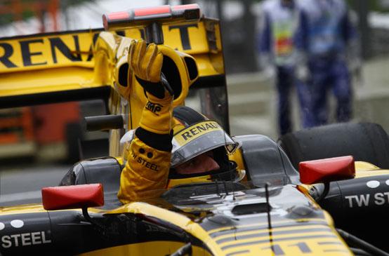 Kubica potrebbe svincolarsi dalla Renault