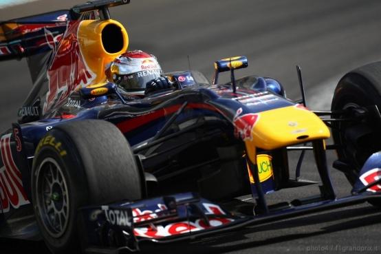 La Red Bull premia Vettel con 3 milioni di Euro per la vittoria del mondiale