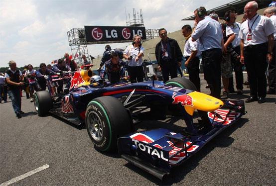 Red Bull: sarà Vettel, e non Webber, a testare le gomme Pirelli