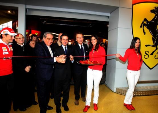 Il primo Ferrari Pit Stop apre a Nola